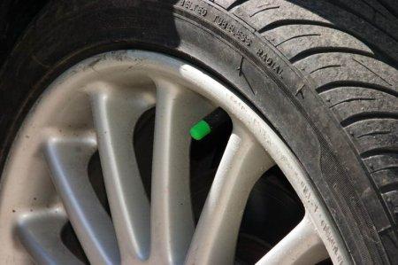 Газ или воздух в шинах? Правда или удачный рекламный трюк?