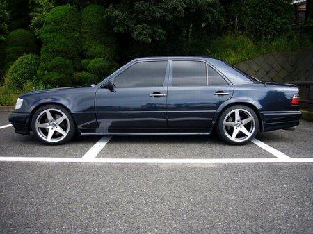 "������ �� ������ ""�����"": Mercedes 500E"
