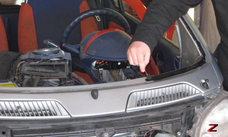 """Как правильно поменять стекло в авто cвоими руками """" m2motors портал о каждом авто"""